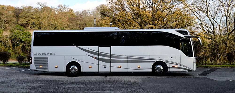 Mini bus hire in Henley